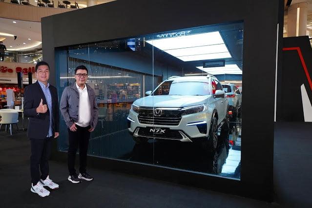 Mobil Konsep N7X Hadir di Tunjungan Plaza Surabaya