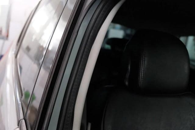 Tips Astra Peugeot Merawat Karet Pintu Mobil Agar Tetap Awet