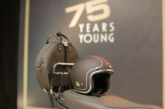Vespa 75th Anniversary - Genuine Helmet