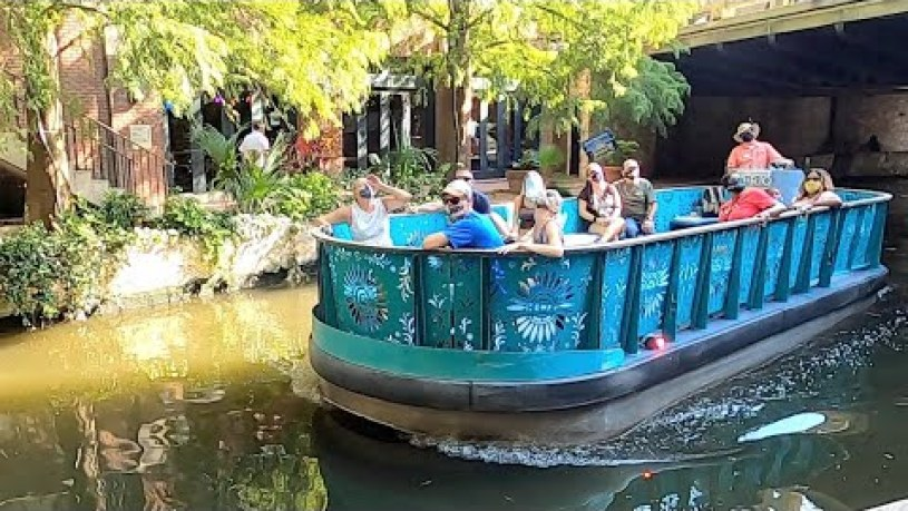 San Antonio River Walk Boat Tour