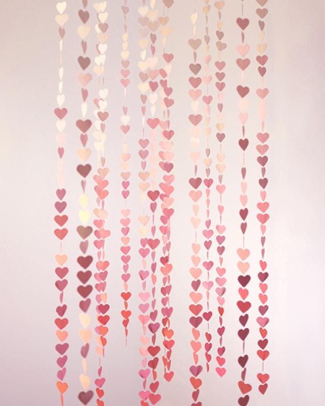 OMBRE heart garland
