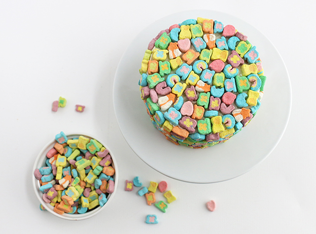 Lucky Charms Cake_2