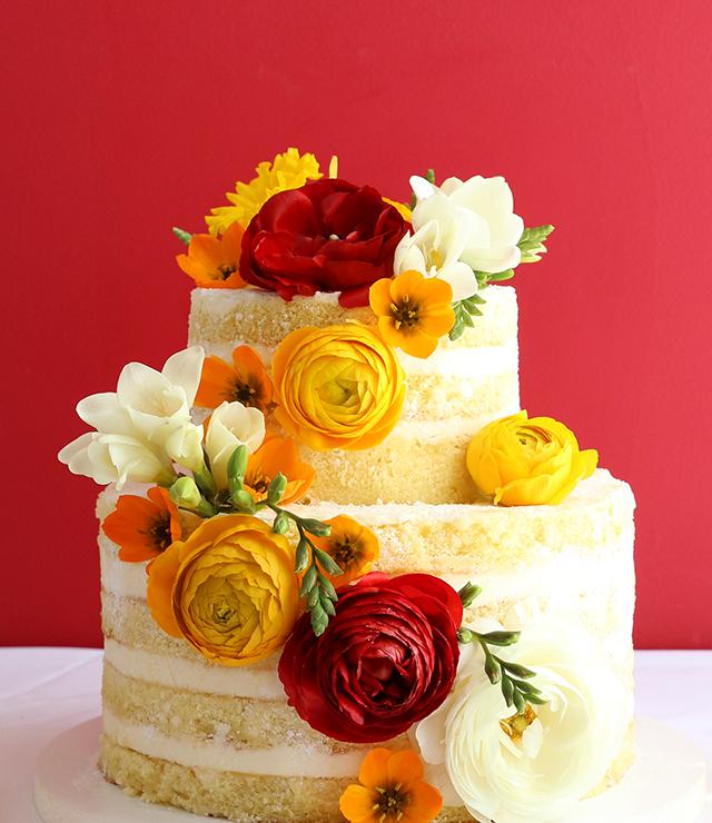 Naked Cake Red Ranunculus