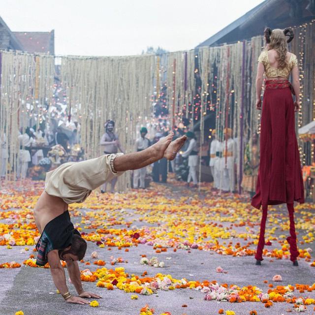 Wedding Street Performers