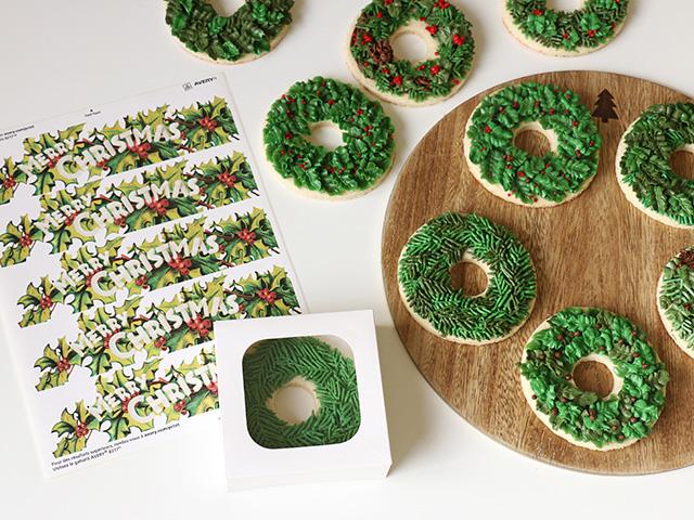 cookie-wreath-gift-box_640