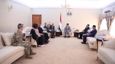 Photo of في أول زيارة له منذ تعيينه ..السفير الأمريكي يؤكد من عدن :  ندعم اليمن وحكومته الشرعية