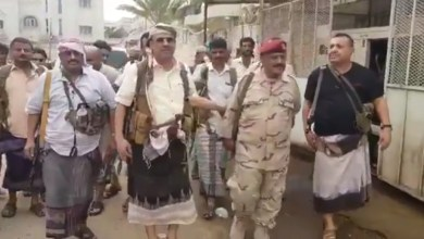 Photo of الوزير الجبواني يكذب إعلام المليشيات الإنفصالية وينفي خبر الميسري بفيديو من الميدان (شاهد)