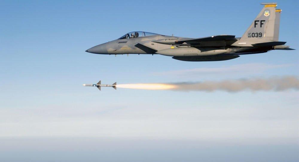 التحالف يستهدف مواقع وأبراج تستخدمها المليشيات لتسيير الطائرات المسيرة في عمران وصنعاء