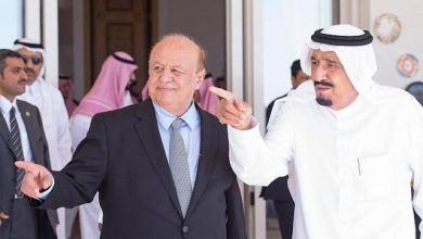 Photo of الملك سلمان وولي عهده يبعثان برسالتين إلى الرئيس هادي