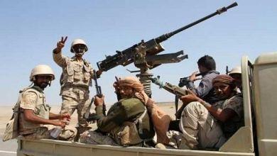 Photo of الجيش الوطني يستهدف رتلاً عسكرياً لمليشيا الحوثي في البقع بصعدة