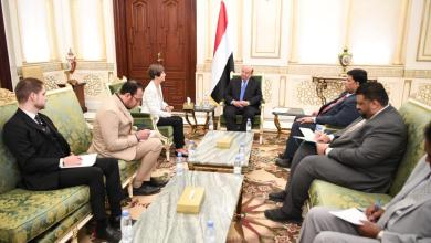 Photo of حراك دبلوماسي مكثف.. الرئيس يلتقي سفراء امريكا وبريطانيا والمانيا والكويت