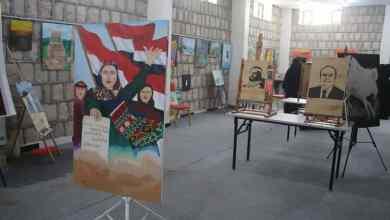 Photo of أمين العاصمة يزور المعرض الأول للفنون التشكيلية للسيدات في مأرب