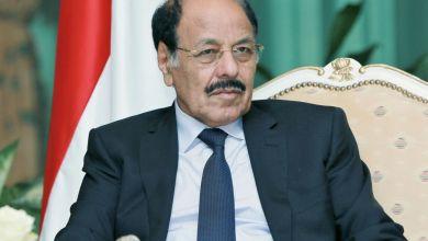 Photo of نائب الرئيس يطلع من المحافظ العرادة على مستجدات الأوضاع في مأرب