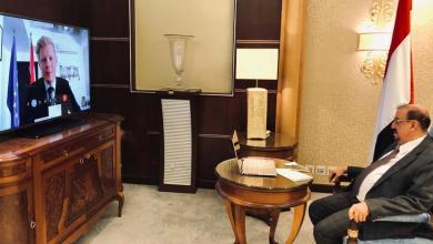 Photo of رئيس مجلس النواب يأسف لمواقف الاتحاد الأوروبي تجاه التصعيد العسكري للحوثيين نحو مأرب