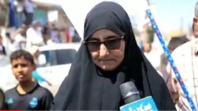 Photo of شاهد ماذا قالت والدة الصحفي المنصوري عندما لم تجد ولدها مع الصحفيين المفرج عنهم من سجون الحوثي
