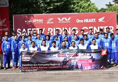Bikers Honda Perwakilan AHJ dan AHMT Ikuti Kontes Regional Safety Riding