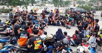 Saat Para 'Satria' Jakarta Barat Bersatu Turun ke Jalan Membagikan Takjil Gratis