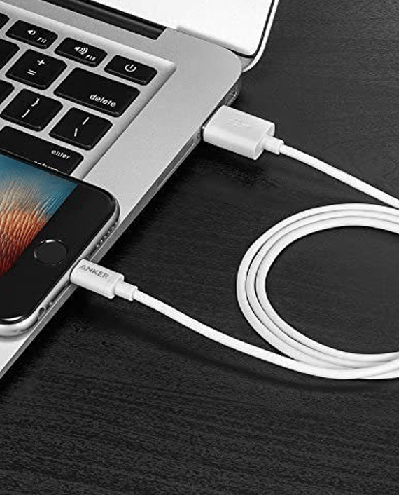 Anker Lightning Cables in Qatar