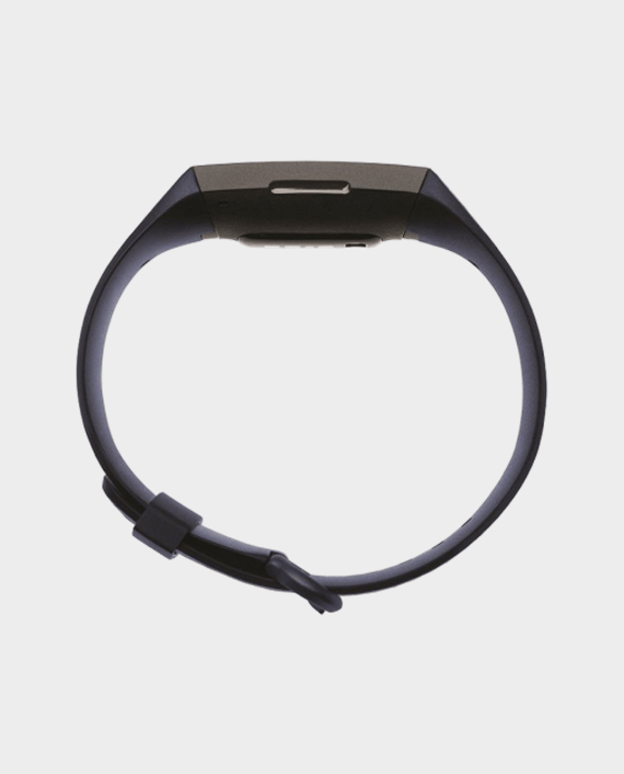 Fitbit Charge 4 in Qatar