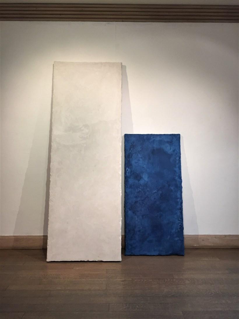 "Alan Greenberg's ""White Lean & Blue Lean"" sculpture"