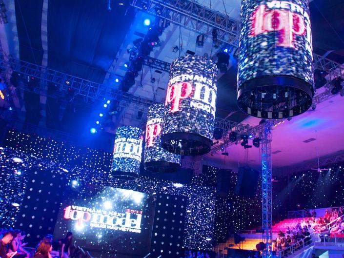 Đêm hội Chân dài 2012