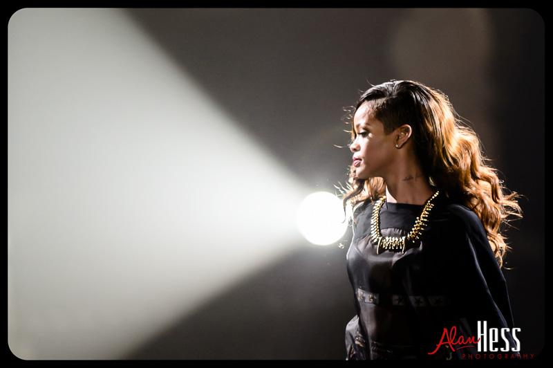 Rihanna – Concert Shoot