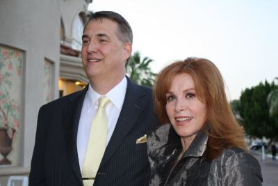 photo of Stefanie Powers and Alan K. Rode