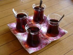 Turkse thee als Turkse gastvrijheid
