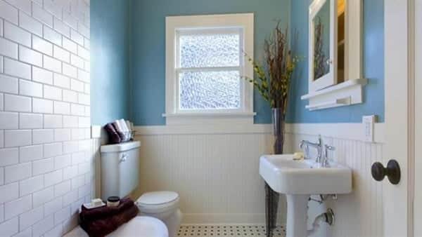 معالجة واصلاح تسرب سقف الحمام