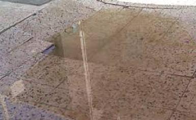 اضرار عدمتركيب شبك مجرى تصريف المياه وتصريف غسيل الحوش وتصريف لمياه الامطار من السطح