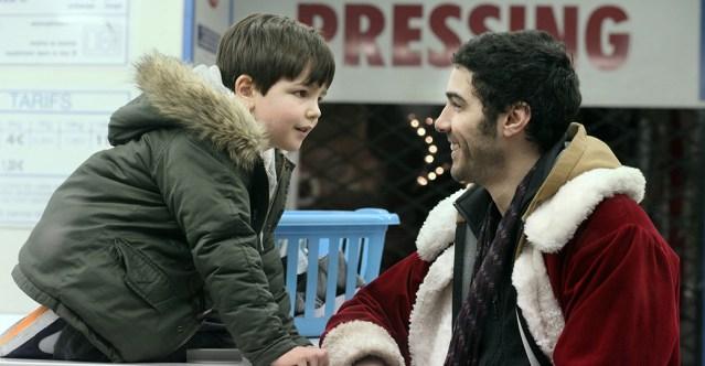 Victor Cabal et Tahar Rahim dans Le Père Noël