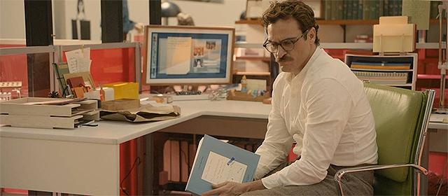 Joaquin Phoenix dans Her (2014)