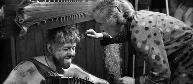 Michel Simon et Dita Parlo dans L'Atalante (1934)