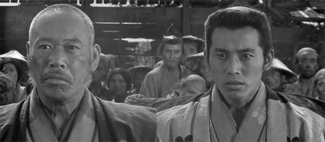 Takashi Shimura et Isao Kimura dans Les Sept Samouraïs (1954)