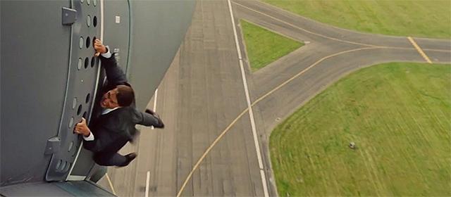 Tom Cruise dans Mission Impossible Rogue Nation (2015)