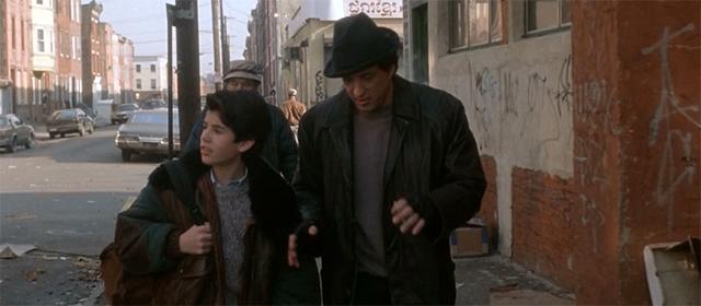 Sage et Sylvester Stallone dans Rocky V (1990)