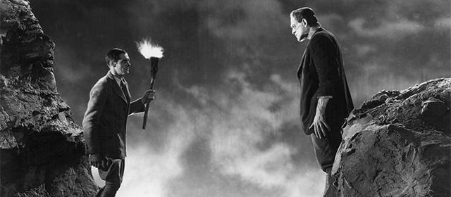 Colin Clive et Boris Karloff dans Frankenstein (1931)