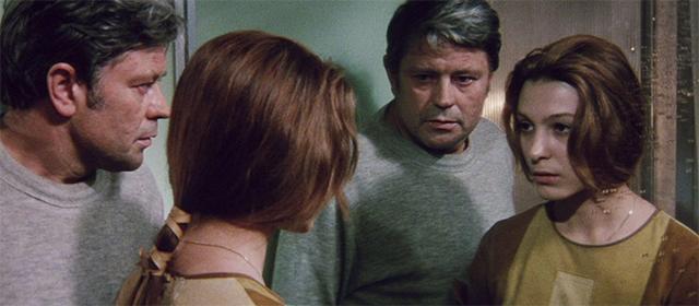 Donatas Banionis et Natalya Bondarchuk dans Solaris (1972)
