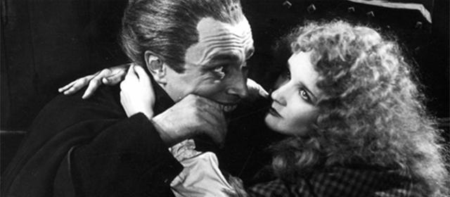 Conrad Veidt et Mary Philbin dans L'Homme qui rit (1928)