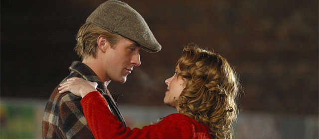 Ryan Gosling et Rachel McAdams dans N'oublie jamais (2004)