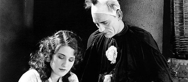 Norma Shearer et Lon Chaney dans Larmes de clown (1924)