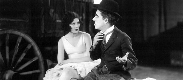 Merna Kennedy et Charlie Chaplin dans Le Cirque (1928)