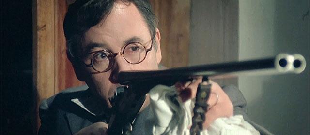 Philippe Noiret dans Le Vieux Fusil (1975)