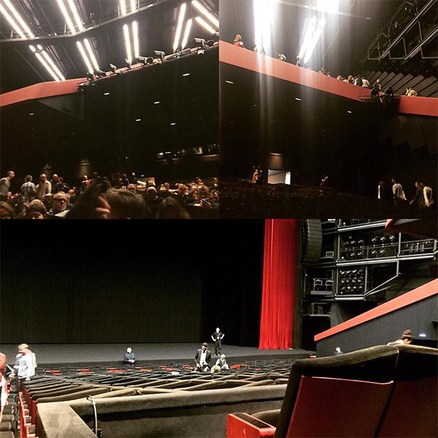 Vue de l'intérieur du Grand Théâtre Lumière, juste avant et juste après la séance de 8h30