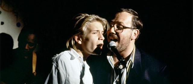 Jérémie Renier et Olivier Gourmet dans La Promesse (1995)