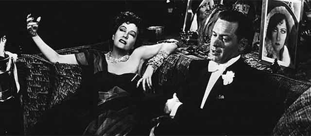 Gloria Swanson et William Holden dans Boulevard du crépuscule (1950)