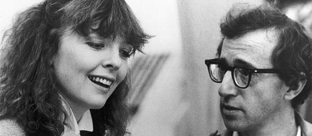 Diane Keaton et Woody Allen dans Manhattan (1979)
