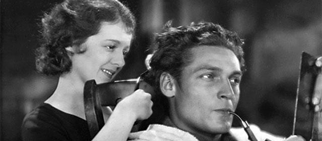 Janet Gaynor et Charles Farrell dans L'Heure Suprême (1927)
