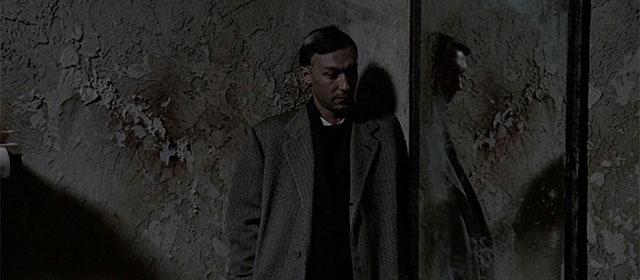 Oleg Yankovski dans Nostalghia (1983)