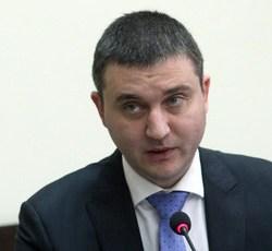 Заеми и данъци, данъци и заеми… - любимият рефрен на Влади Горанов